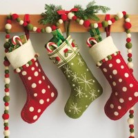 christmas-stockings-16-200x200